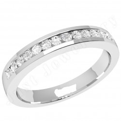 JEW061W - 18ct white gold ring with round brilliant cut diamonds in a channel setting